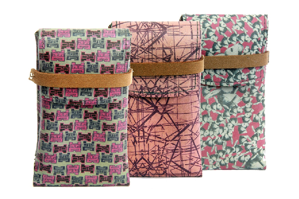 Leather Phone Case Sewing Pattern by PINEAPPLE